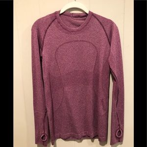 Lululemon raspberry top 8